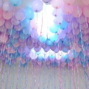 75-ceiling-balloons