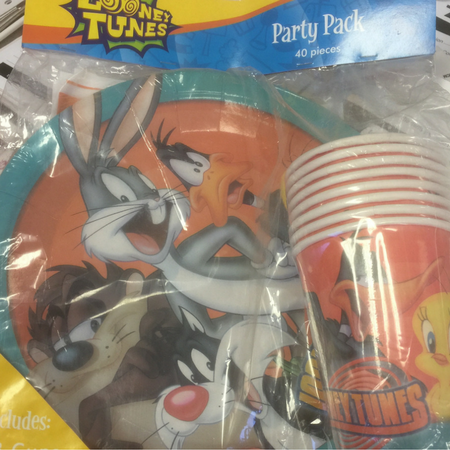 We Like To Party Looney Tunes Party Pack Includes Cups Plates Napkins Loot Bags
